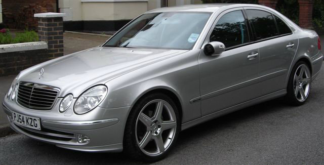 mercedes e220 cdi rent a car stars. Black Bedroom Furniture Sets. Home Design Ideas