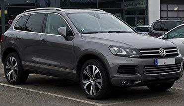Rent a car Volkswagen Touareg 3.0 Automatik