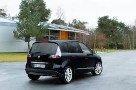 Rent a car RENAULT SCENIK 1.5 DCI