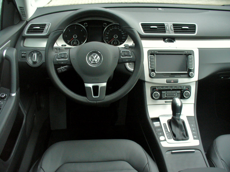 Rentacar VW PASAT B7 DSG 4MOTION 2.0TDI